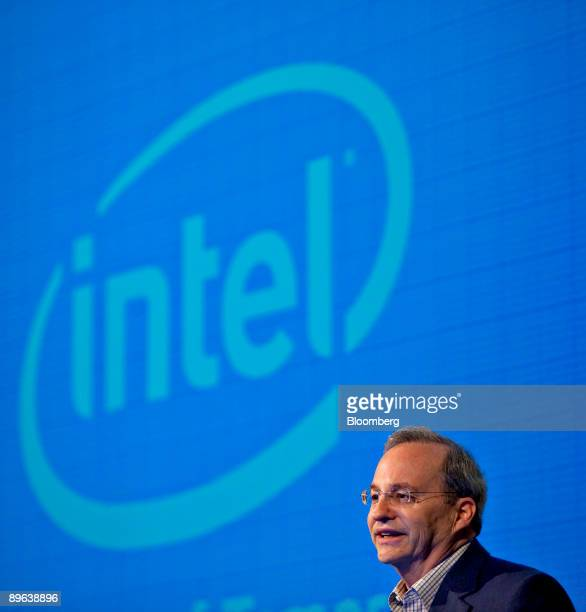 Justin Rattner, vice president and chief technology officer of Intel Corp., speaks at the Computer History Museum in Moutain View, California, U.S.,...