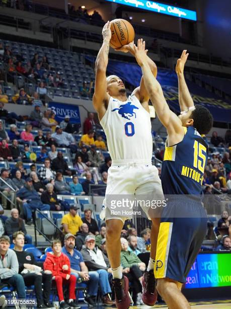 Justin Robinson of the Delaware Blue Coats shoots the ball against the Minnesota Timberwolves on February 09 2020 at Memorial Coliseum in Fort Wayne...