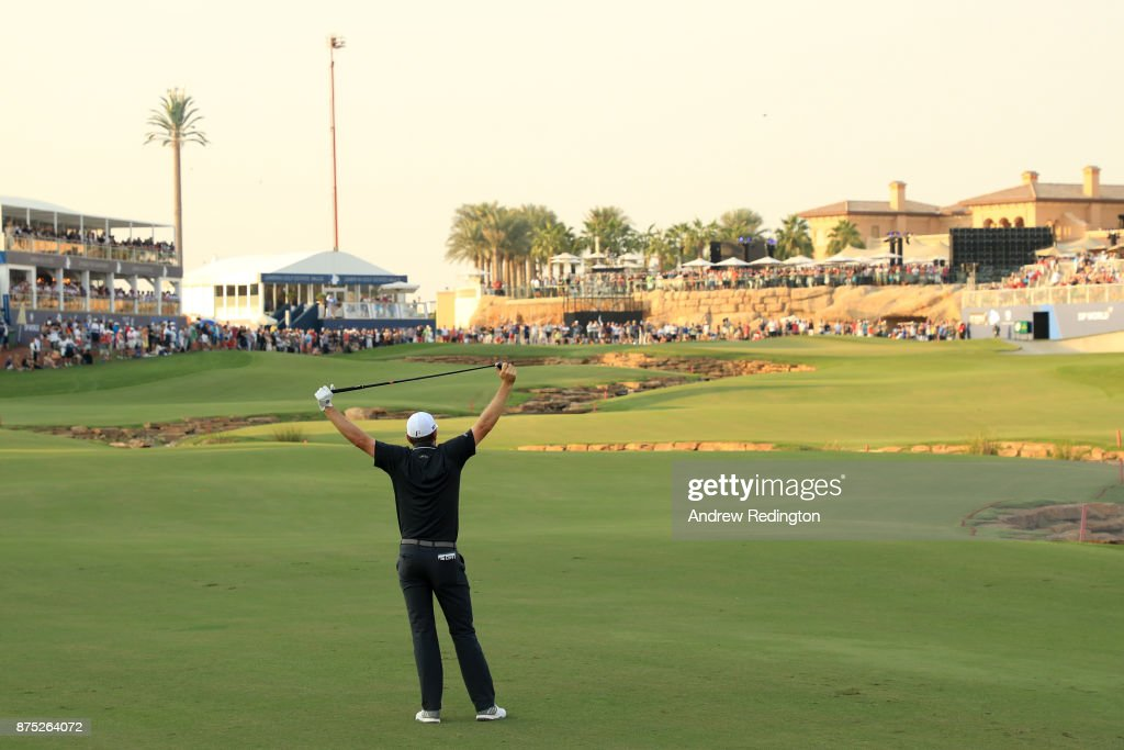Justin Rose of England reacts to his second shot on the 18th hole during the second round of the DP World Tour Championship at Jumeirah Golf Estates on November 17, 2017 in Dubai, United Arab Emirates.