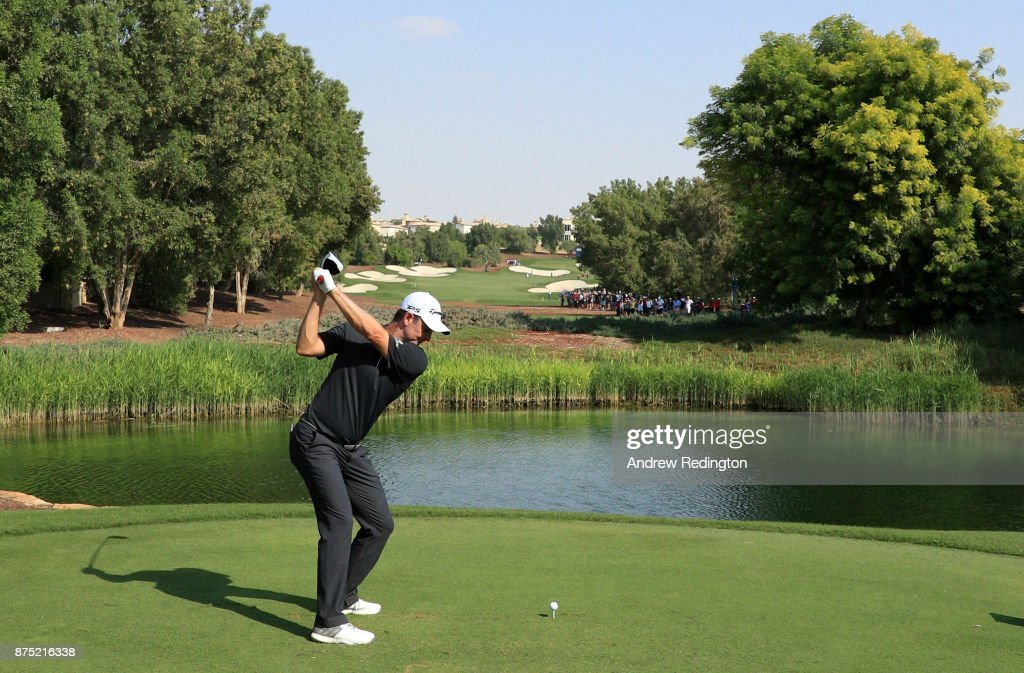Justin Rose of England tees off on the 7th hole during the second round of the DP World Tour Championship at Jumeirah Golf Estates on November 17, 2017 in Dubai, United Arab Emirates.