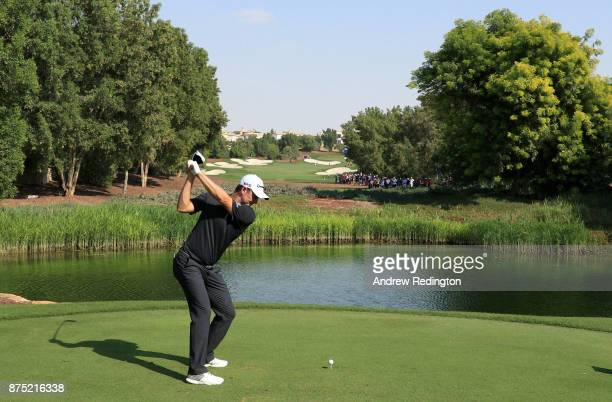 Justin Rose of England tees off on the 7th hole during the second round of the DP World Tour Championship at Jumeirah Golf Estates on November 17...