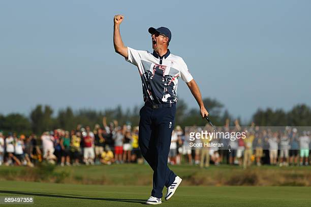 Justin Rose of Great Britain celebrates winning in the final round of men's golf on Day 9 of the Rio 2016 Olympic Games at the Olympic Golf Course on...