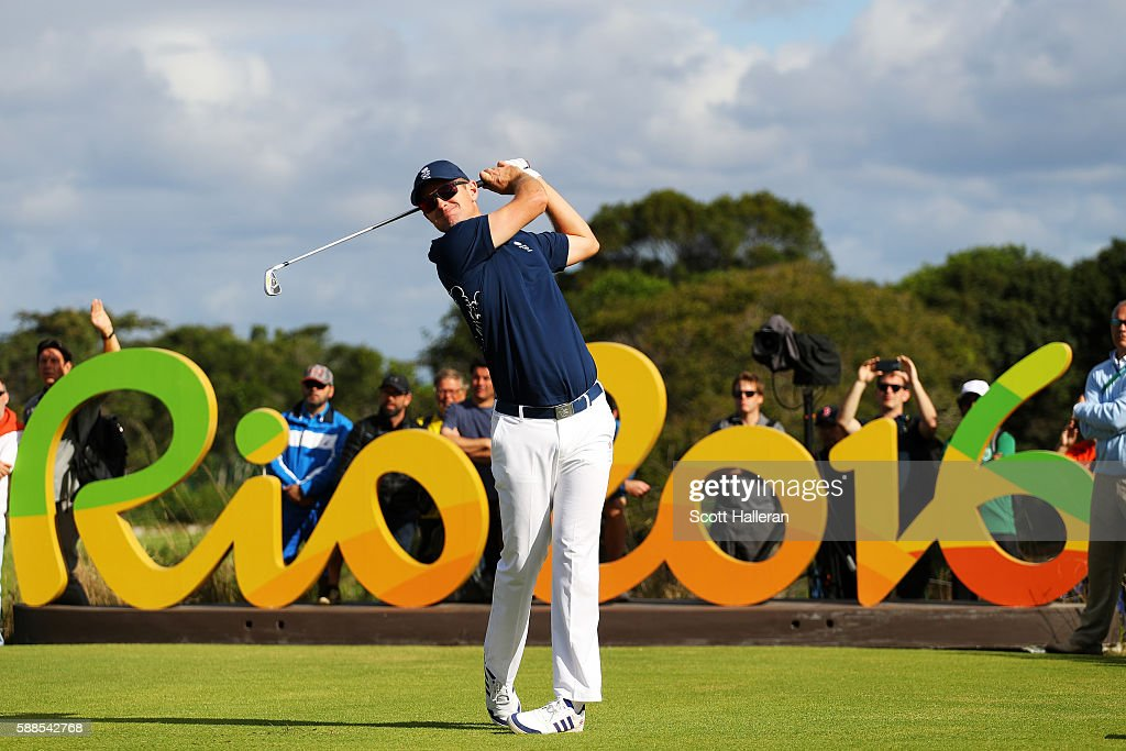 Justin Rose of Great Britain plays his shot from the 16th tee during the first round of men's golf on Day 6 of the Rio 2016 Olympics at the Olympic Golf Course on August 12, 2016 in Rio de Janeiro, Brazil.