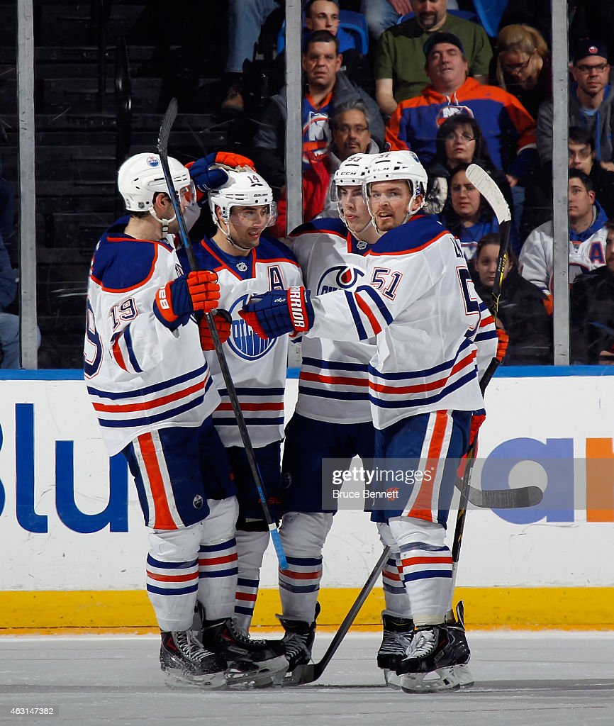Edmonton Oilers v New York Islanders : News Photo