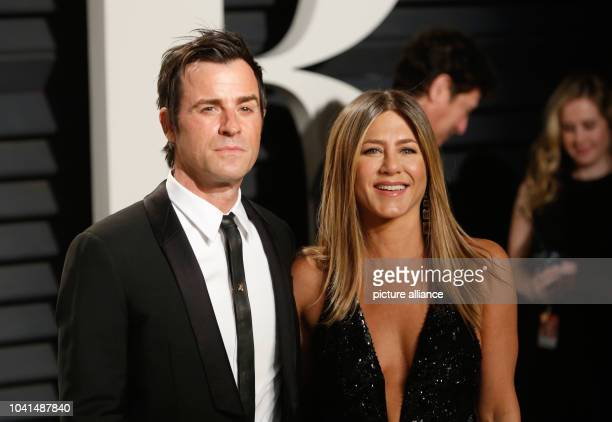 Justin Theroux and Jennifer Aniston arrive at the Vanity Fair Oscar Party at Wallis Annenberg Center for the Performing Arts in Beverly Hills Los...