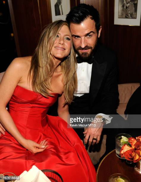 Justin Theroux and Jennifer Aniston attend the 2013 Vanity Fair Oscar Party hosted by Graydon Carter at Sunset Tower on February 24, 2013 in West...