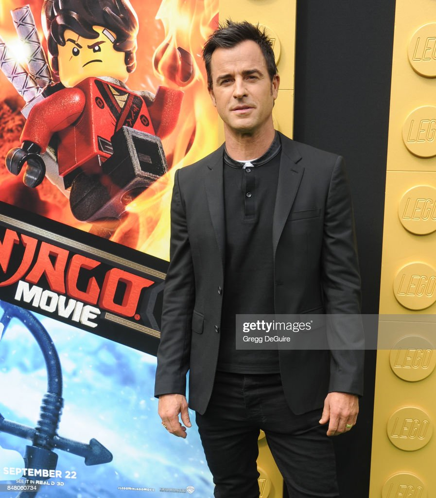Justin Theroux arrives at the premiere of Warner Bros. Pictures' 'The LEGO Ninjago Movie' at Regency Village Theatre on September 16, 2017 in Westwood, California.