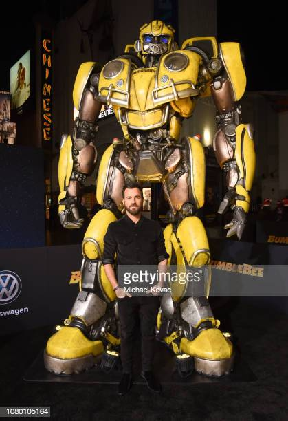 Justin Theroux attends the global premiere of Paramount Pictures' film 'Bumblebee' on December 09, 2018 in Hollywood, California.