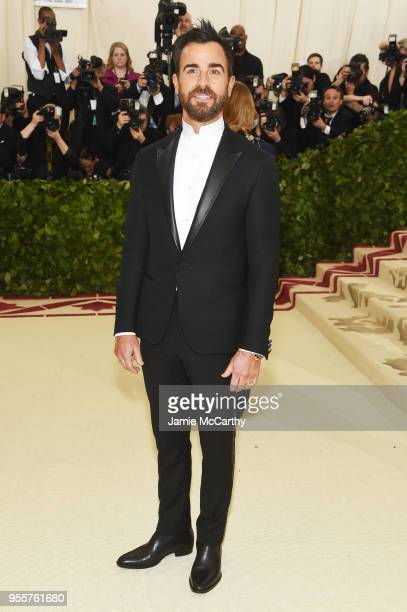 Justin Theroux attends the Heavenly Bodies Fashion The Catholic Imagination Costume Institute Gala at The Metropolitan Museum of Art on May 7 2018 in...