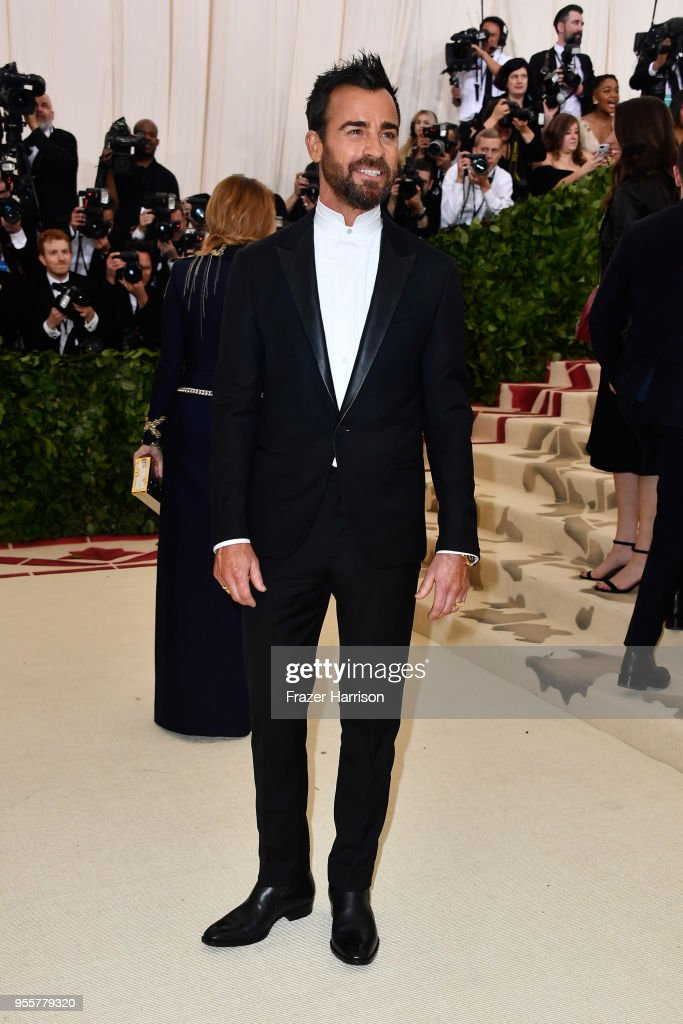 Justin Theroux attends the Heavenly Bodies: Fashion & The Catholic Imagination Costume Institute Gala at The Metropolitan Museum of Art on May 7, 2018 in New York City.