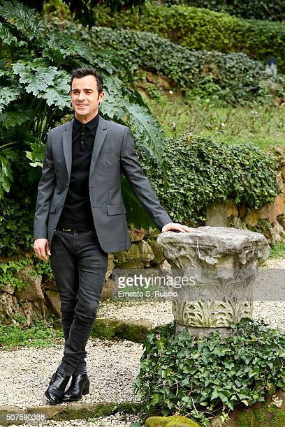 Justin Theroux attends the Photocall for the Fan Screening of the Paramount Pictures film 'Zoolander No 2' at 'Hotel De Russie Garden' on January 30...