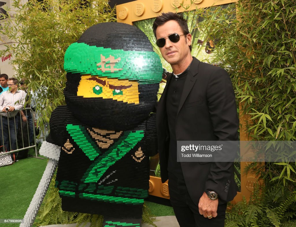 Justin Theroux attends the premiere of Warner Bros. Pictures' 'The LEGO Ninjago Movie' at Regency Village Theatre on September 16, 2017 in Westwood, California.
