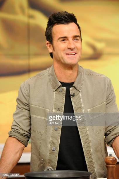 THE CHEW Justin Theroux is the guest on Wednesday September 20 2017 on Walt Disney Television via Getty Images's The Chew The Chew airs MONDAY FRIDAY...