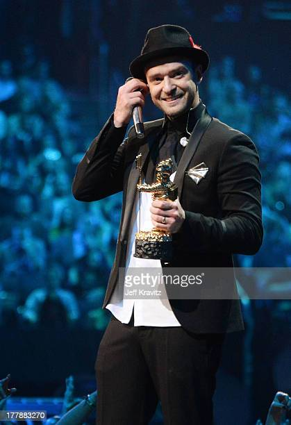 Justin Timberlake accepts the Michael Jackson Video Vanguard Award at the 2013 MTV Video Music Awards at the Barclays Center on August 25 2013 in the...
