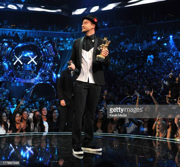 Justin Timberlake accepts the Michael Jackson Video Vanguard Award during the 2013 MTV Video Music Awards at the Barclays Center on August 25 2013 in...