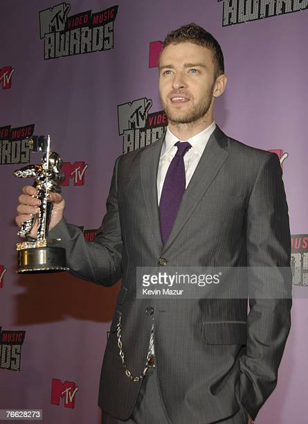 Justin Timberlake Backstage At The 2007 MTV Video Music Awards Palms On September 9