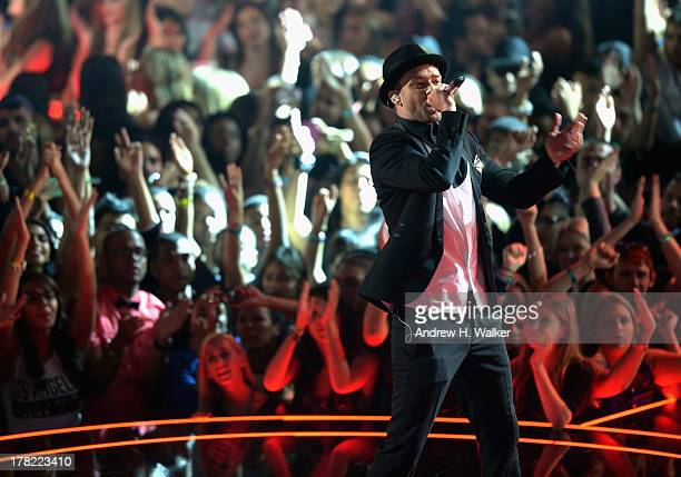 Justin Timberlake performs during the 2013 MTV Video Music Awards at the Barclays Center on August 25, 2013 in the Brooklyn borough of New York City.