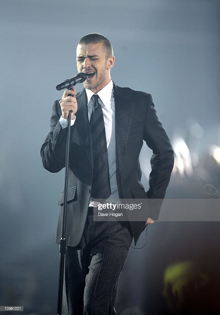 Show At The MTV Europe Music Awards 2006 : News Photo