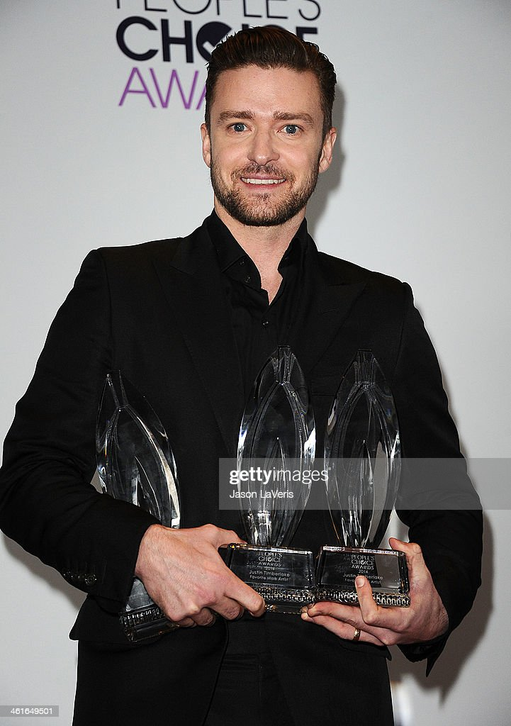 Justin Timberlake poses in the press room at the 40th annual People's Choice Awards at Nokia Theatre L.A. Live on January 8, 2014 in Los Angeles, California.
