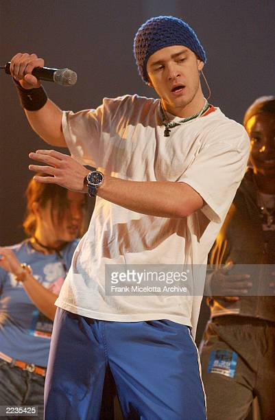 Justin Timberlake rehearsing for the 2002 MTV Video Music Awards at Radio City Music Hall in New York City August 29 2002 Photo by Frank...