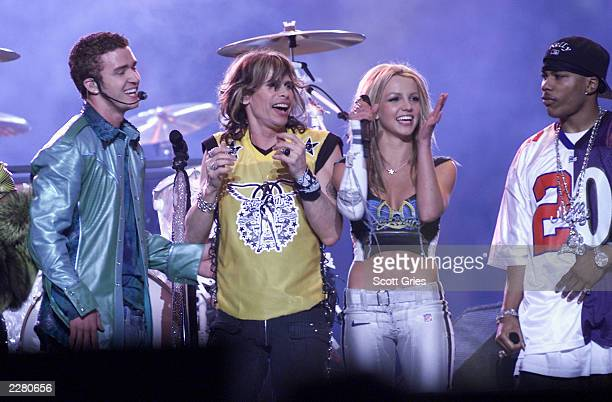 Justin Timberlake Steven Tyler Britney Spears and Nelly on stage during MTV's Superbowl halftime show at Raymond James Stadium in Tampa Fla 1/28/01...