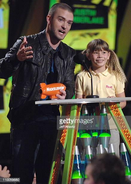 Justin Timberlake winner Favorite Male Singer and presenter Bindi Irwin