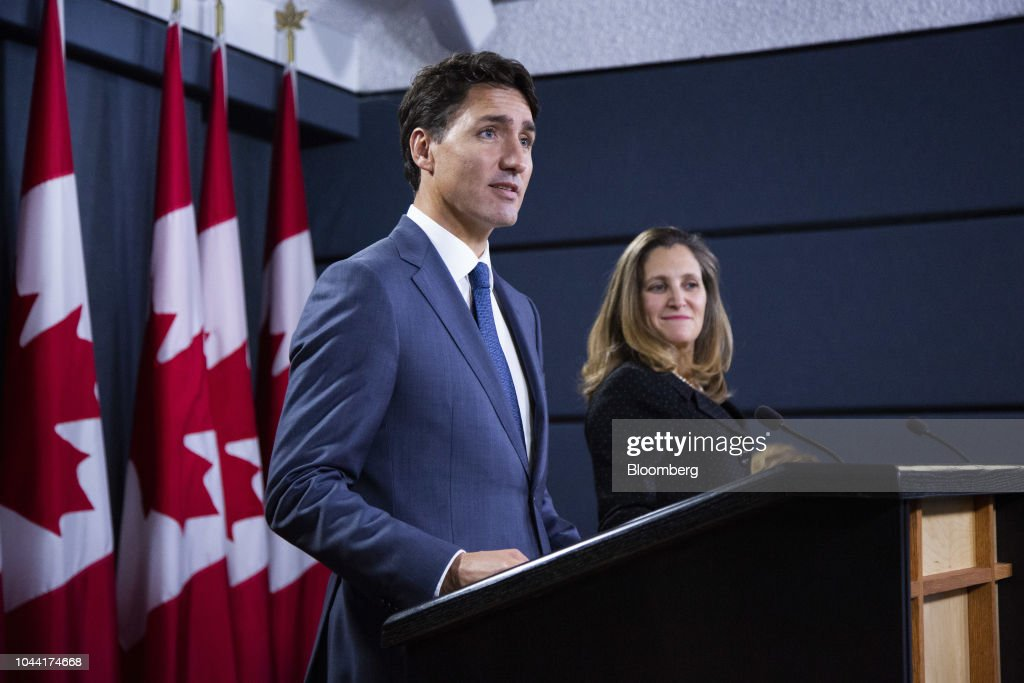 Prime Minister Trudeau And Foreign Affairs Minister Freeland Hold Press Conference On Nafta : News Photo