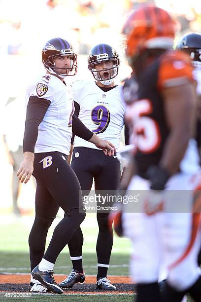 Justin Tucker of the Baltimore Ravens celebrates after making a 53 yard field goal during the fourth quarter of the game against the Cincinnati...