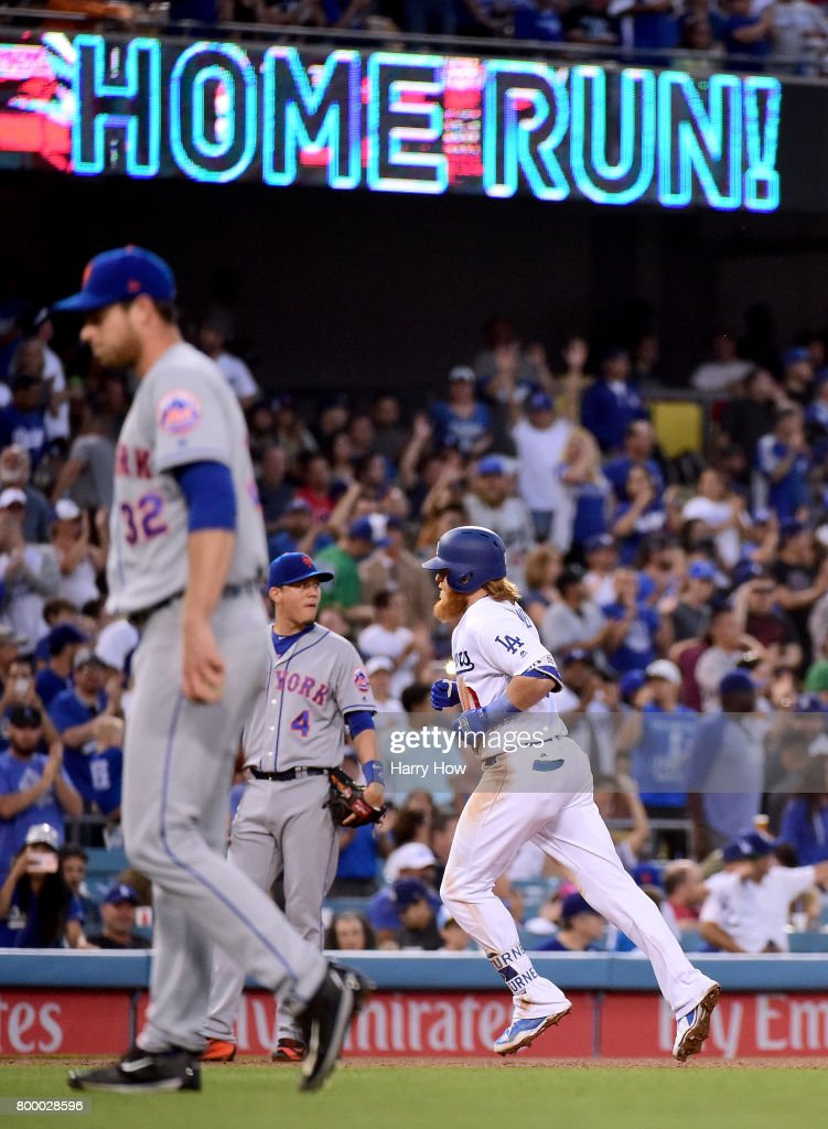 Justin Turner #10 of the Los Angeles Dodgers hits a solo homerun to tie the game 1-1 as Steven Matz #32 of the New York Mets returns to the mound during the third inning at Dodger Stadium on June 22, 2017 in Los Angeles, California.