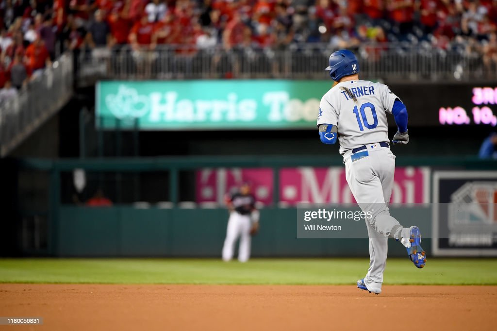 Divisional Series - Los Angeles Dodgers v Washington Nationals - Game Four : News Photo