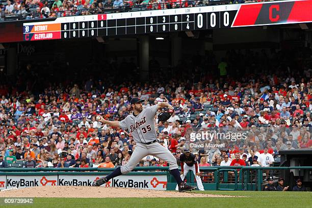 Justin Verlander of the Detroit Tigers pitches against the Cleveland Indians in the fifth inning at Progressive Field on September 17 2016 in...