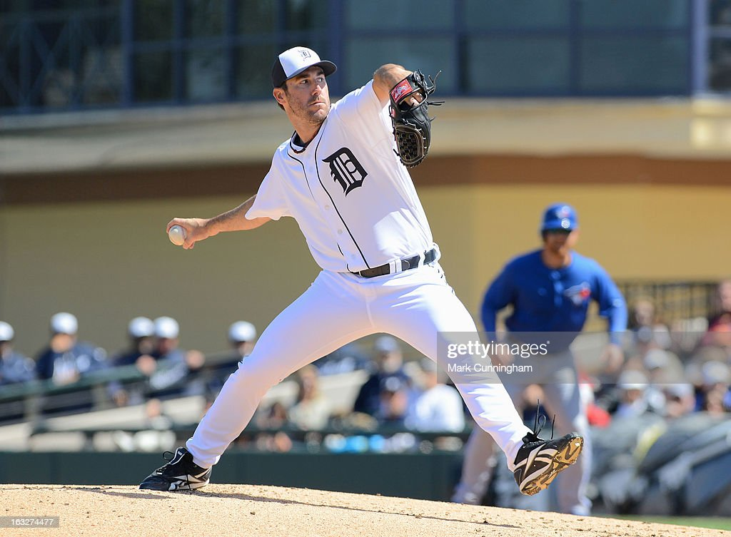 Justin Verlander #35 of the Detroit Tigers pitches during the spring training game against the Toronto Blue Jays at Joker Marchant Stadium on March 6, 2013 in Lakeland, Florida. The Tigers defeated the Blue Jays 4-1.