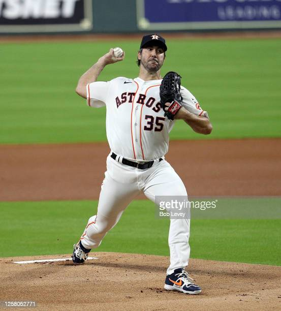 Justin Verlander of the Houston Astros pitches in the first inning against the Seattle Mariners during Opening Day at Minute Maid Park on July 24,...