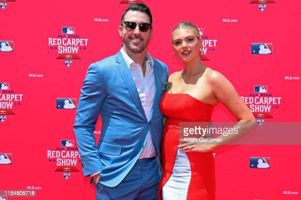 Justin Verlander of the Houston Astros poses for a photo with his wife Kate Upton during the MLB Red Carpet Show presented by Chevrolet at...