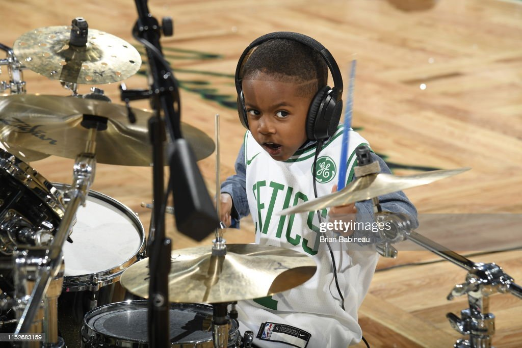 Justin Wilson II performs at halftime during Game Four of the Eastern...  News Photo - Getty Images