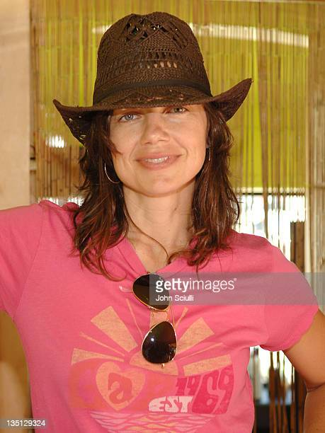 Justine Bateman during GAP Rock Color Bus Tour May 11 2006 at The Grove in Los Angeles California United States