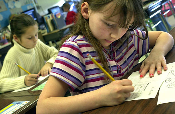 Elementary Students Send Letters Of Support To U S  Troops Abroad