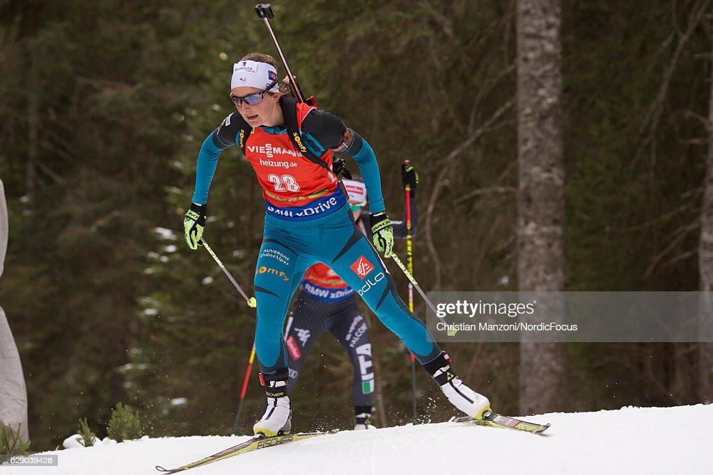 BMW IBU World Cup Biathlon Pokljuka - 7.5 km Women's Sprint : News Photo