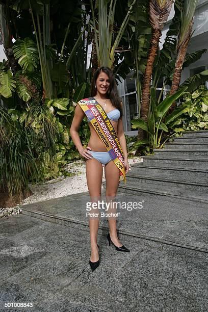 Justine Dippl Teilnehmerin der Miss GermanyWahl 2006 Gran Canaria/Kanarische Inseln/Spanien PNr 108/2006 Hotel Dunas La Canaria Ganzkörper Model...
