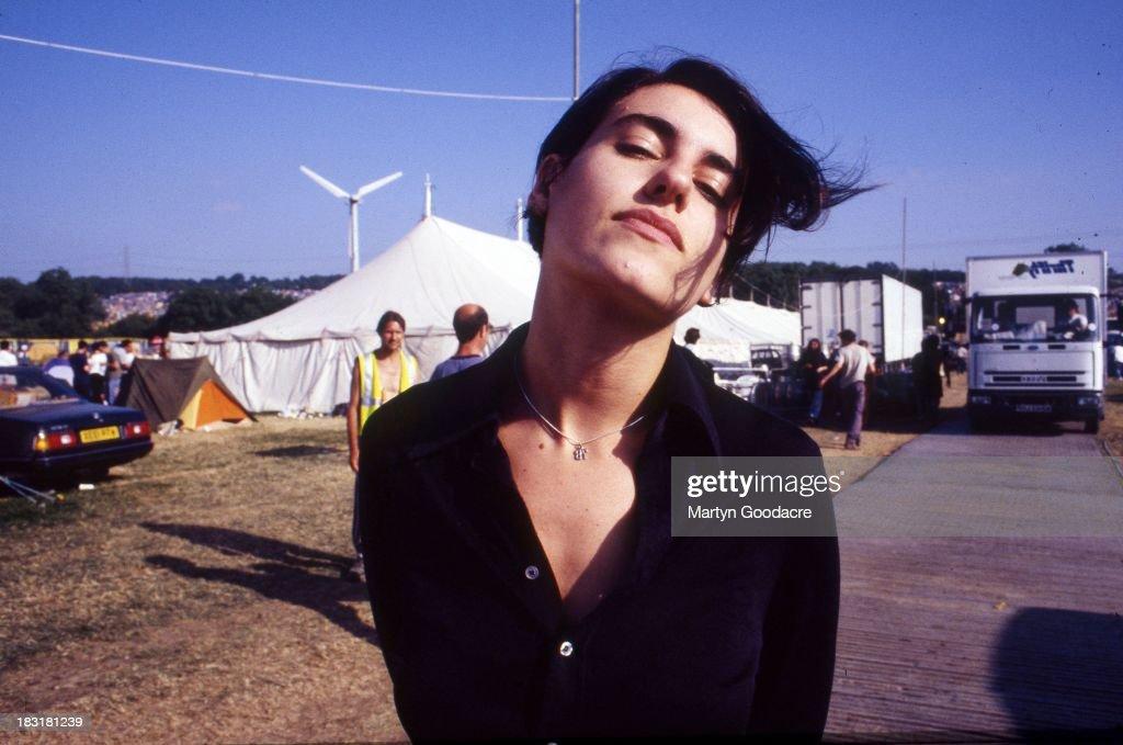 Justine Frischmann , lead singer of Elastica, Glastonbury Festival , United Kingdom, 1998.