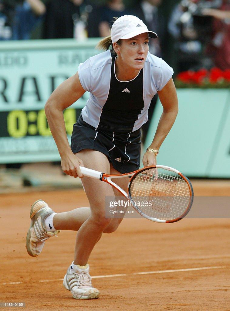 2005 French Open - Women's Singles - Final - Justine Henin-Hardenne vs Mary Piece : ニュース写真