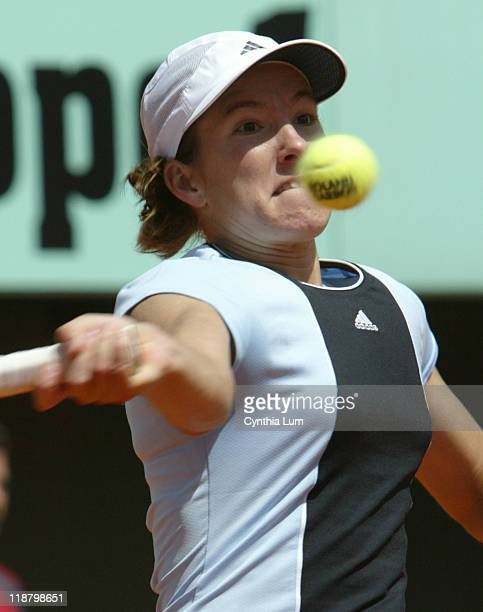 Justine HeninHardenne during her fourth round match against Svetlana Kuznetsova at the 2005 French Open on May 30 2005 Kuznetsova is defeated by...