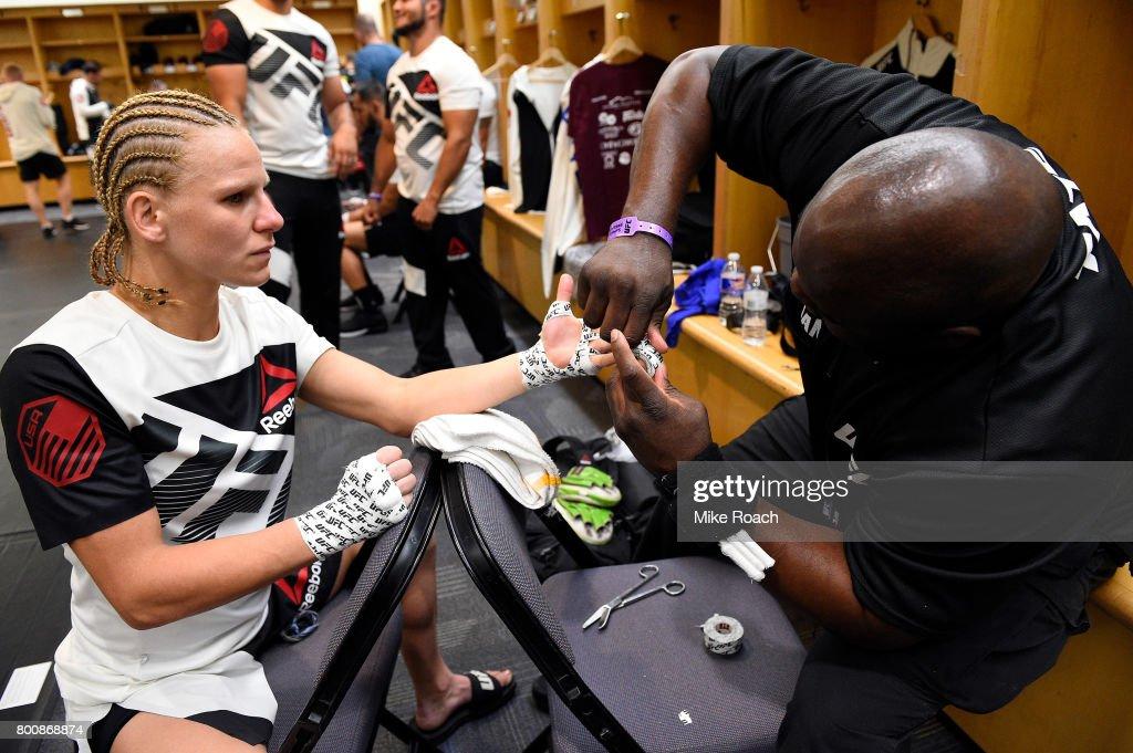 UFC Fight Night: Chiesa v Lee : News Photo