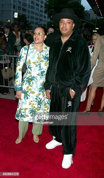Justine Simmons and Reverend Run during Bad Company World Premiere at Loews Lincoln Square Theater in New York City New York United States