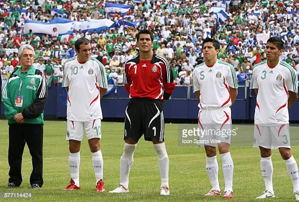Justino Compean, president of the Federacion Mexicana de Futbol Asociacion, with Cuauhtemoc Blanco , Oswaldo Sanchez , Ricardo Osorio , and Carlos...