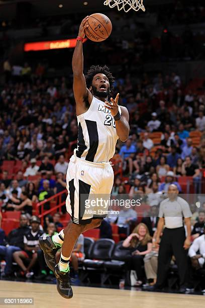 Justise Winslow of the Miami Heat drives to the basket during a game against the LA Clippers at American Airlines Arena on December 16 2016 in Miami...