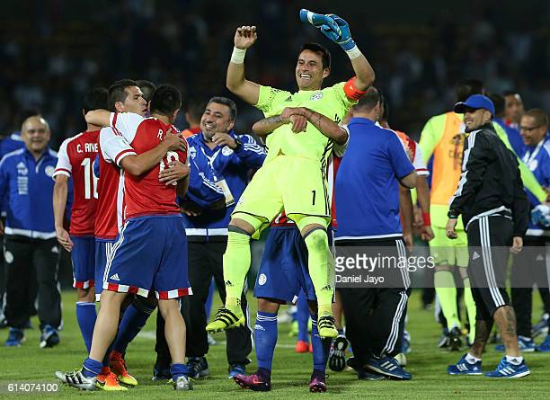 Justo Villar goalkeeper of Paraguay celebrates with teammates after a match between Argentina and Paraguay as part of FIFA 2018 World Cup Qualifiers...