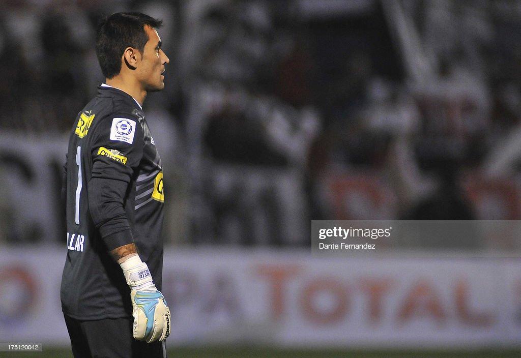El Tanque Sisley v Colo Colo - Copa Total Sudamericana 2013