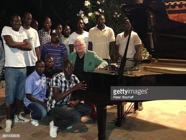 Justus Frantz Flüchtlinge aus Afrika BenefizKlavierKonzert beim Finca Festival 2013 in seiner BergVilla Casa de los Musicos zu Gunsten afrikanischer...