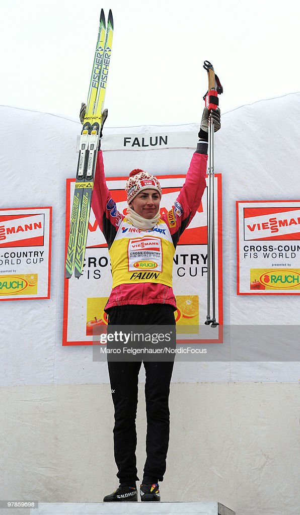 Justyna Kowalczyk of Poland celebrates after the women's 2,5 km Cross Country Skiing during the FIS World Cup on March 19, 2010 in Falun, Sweden.